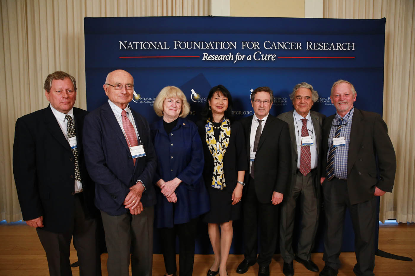 Past Szent-Gyorgyi Prize winners winners with NFCR President and Co chair Szent-Györgyi Prize Selection Committee, Dr. Sujuan Ba