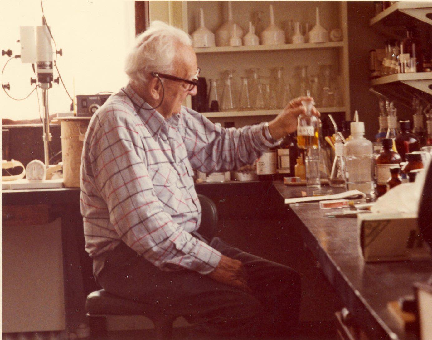 Dr. Albert von Szent-Györgyi in the lab